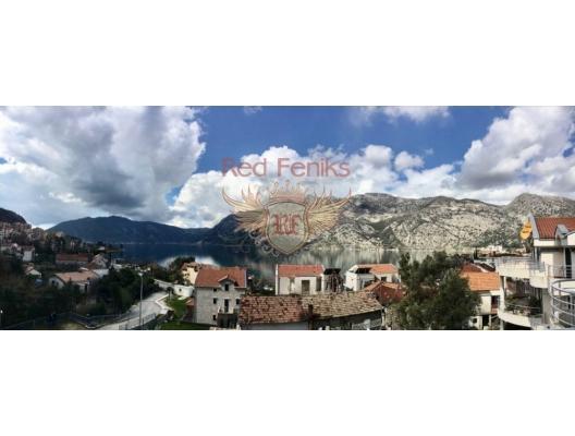 Two-level apartment in Risan. Montenegro, karadağ da kira getirisi yüksek satılık evler, avrupa'da satılık otel odası, otel odası Avrupa'da