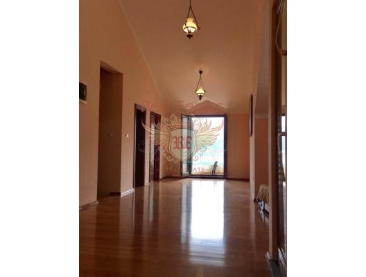 Two-level apartment in Risan. Montenegro, Karadağ'da garantili kira geliri olan yatırım, Dobrota da Satılık Konut, Dobrota da satılık yatırımlık ev