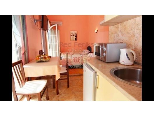Budva Becici'de Mini Hotel, karadağ da satılık dükkan, montenegro satılık cafe