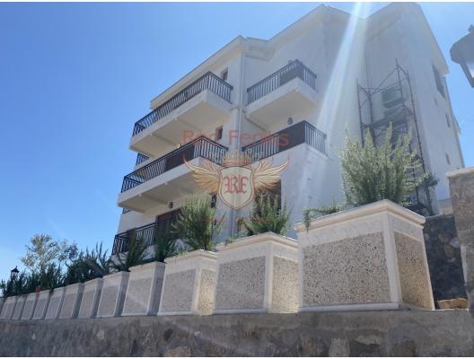 Krtoli, Lustica'da satılık yeni konut kompleksi.