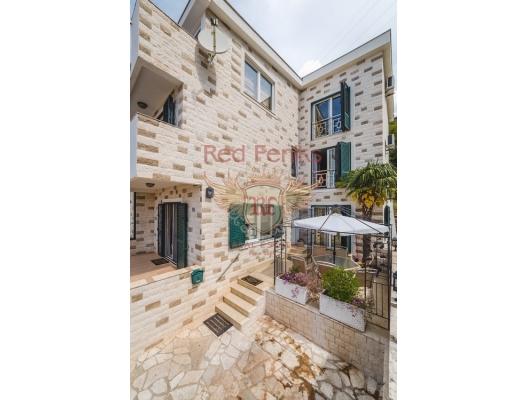 Magnificent House in Budva, Karadağ satılık ev, Karadağ satılık müstakil ev, Karadağ Ev Fiyatları