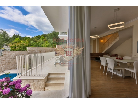 Tivat'da Geniş Konforlu Villa, Bigova satılık müstakil ev, Bigova satılık müstakil ev, Region Tivat satılık villa