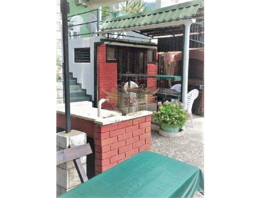 Sutomore'de 6 daireli villa, Karadağ satılık ev, Karadağ satılık müstakil ev, Karadağ Ev Fiyatları