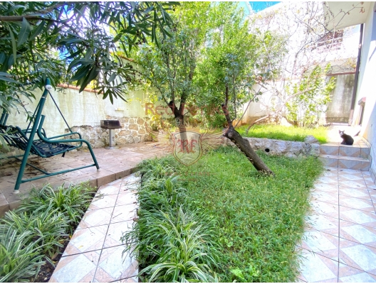 House with Garden in Budva, Montenegro real estate, property in Montenegro, Region Budva house sale