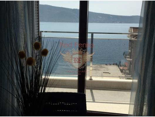 Seafront one bedroom apartment for sale in Herceg Novi, Montenegro 37 sq.