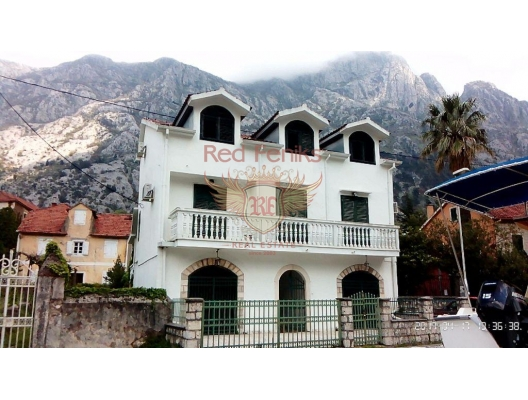 Sea view house with its own beach is for sale in Dobrota, Montenegro