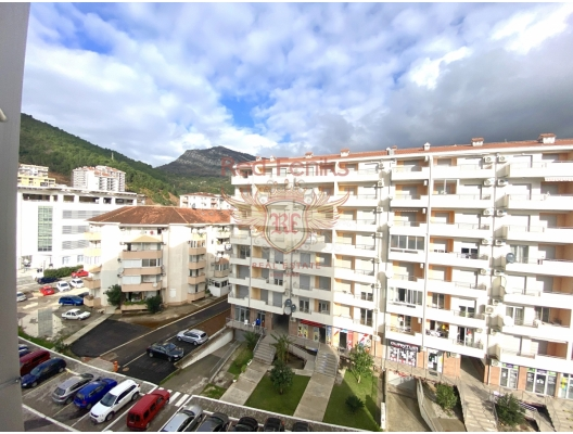 One Bedroom Apartment in Budva With Mountain View, Montenegro real estate, property in Montenegro, flats in Region Budva, apartments in Region Budva