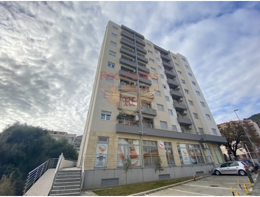 For sale new apartment in a new building with beautiful sea view.