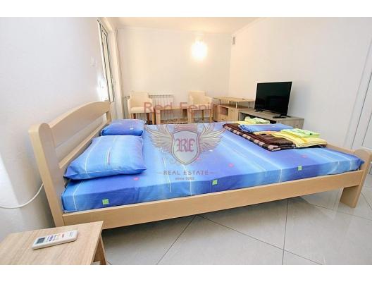 Beautiful Villa in Rezevici with Swimming Pool, house near the sea Montenegro
