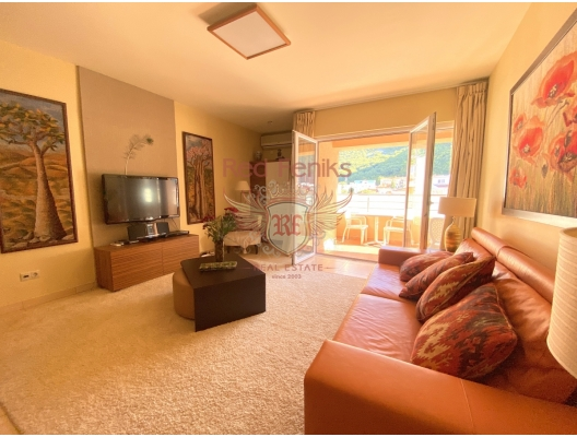 Three Bedrooms Apartment in Budva with a Sea View, apartment for sale in Region Budva, sale apartment in Becici, buy home in Montenegro