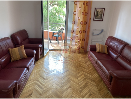 Petrovac'ta Tek Yatak Odalı Daire 1+1, Karadağ satılık evler, Karadağ da satılık daire, Karadağ da satılık daireler