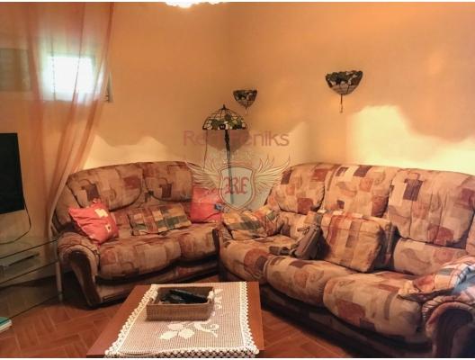 Zelenika, Herceg Novi Rivierası'nda Müstakil Ev, Karadağ da satılık havuzlu villa, Karadağ da satılık deniz manzaralı villa, Baosici satılık müstakil ev