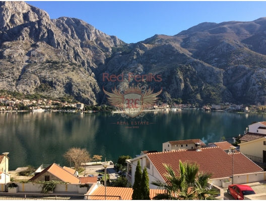Magnificent apartment overlooking the bay and the old town of Kotor, hotel residences for sale in Montenegro, hotel apartment for sale in Kotor-Bay