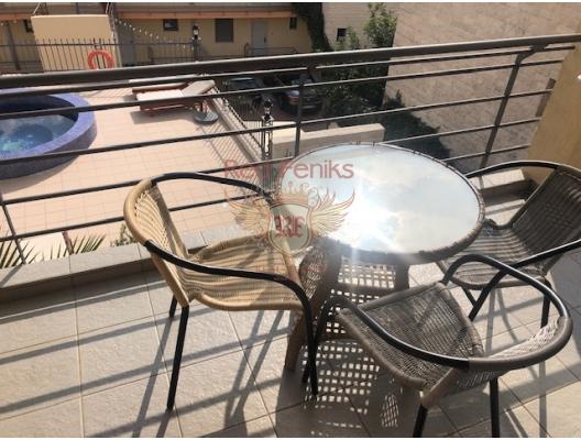 Yüzme havuzlu özel bir kompleks içinde iki yatak odalı daire. Becici, Karadağ, Region Budva da ev fiyatları, Region Budva satılık ev fiyatları, Region Budva ev almak