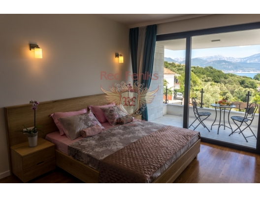 323 m2 alana sahip yeni Villa, 890 m2 arsa satılıktır.