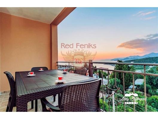 Montenegro Ulje Bar riviera'da satılık mini otel Mini otel sekiz daireden oluşmaktadır: Her biri bir yatak odası, mutfaklı oturma odası ve deniz manzaralı geniş bir terasa sahip iki adet tek yatak odalı daire.
