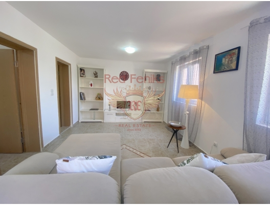 Part of the house with its own courtyard and sea view. Przno, Montenegro, sea view apartment for sale in Montenegro, buy apartment in Becici, house in Region Budva buy
