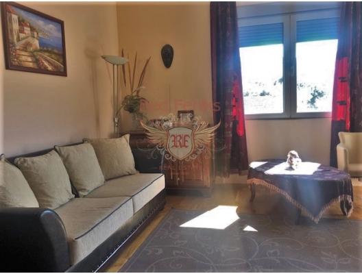 Spacious apartment in bečići, Montenegro, 58 m2.