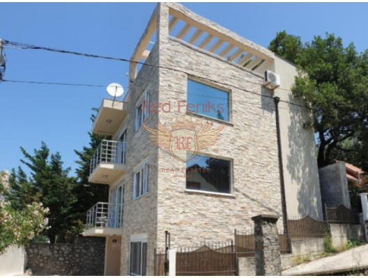 Three-storey House with Pot in the Resort town of Ratac in the Bar region, Montenegro real estate, property in Montenegro, Region Bar and Ulcinj house sale