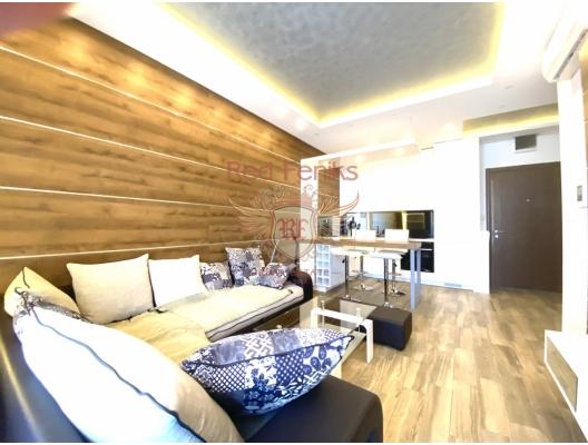 Budva'da Mükemmel Tek Yatak Odalı Daire 1+1, becici satılık daire, Karadağ da ev fiyatları, Karadağ da ev almak