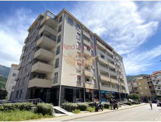 For sale one bedroom apartment in Budva Area of the apartment 58m2 and located on the second floor.