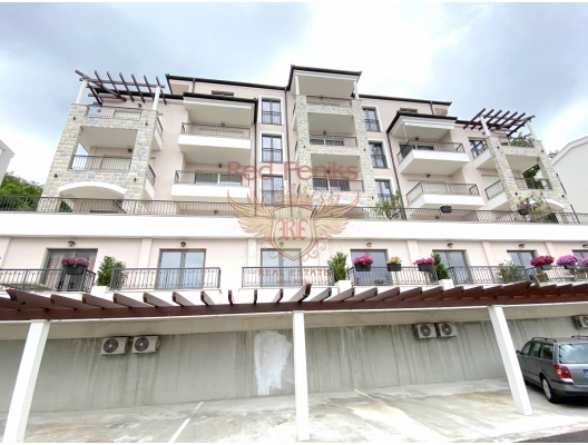 New Residential complex in PRZHNO 3000 m from the beach, Price from 1900 €/m2 The project itself is situated in beautiful lagoon of Pržno just 300 meters from the beach.