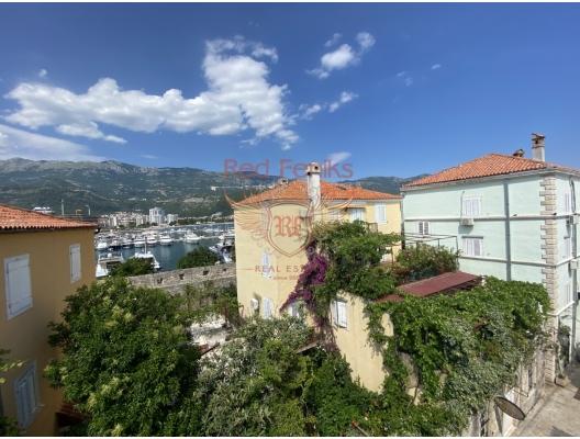 Budva Old Town Taş Ev, Karadağ da satılık havuzlu villa, Karadağ da satılık deniz manzaralı villa, Becici satılık müstakil ev