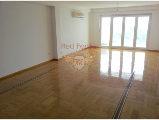 Petrovac'ta Üç Yatak Odalı Daire 3+2, Karadağ da satılık ev, Montenegro da satılık ev, Karadağ da satılık emlak