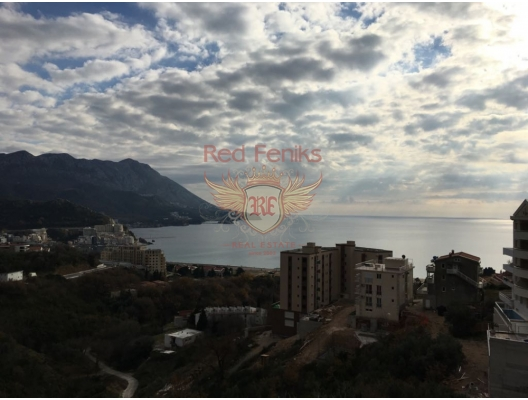 Spacious apartment in an elite complex in Becici with an area of ​​131m2.