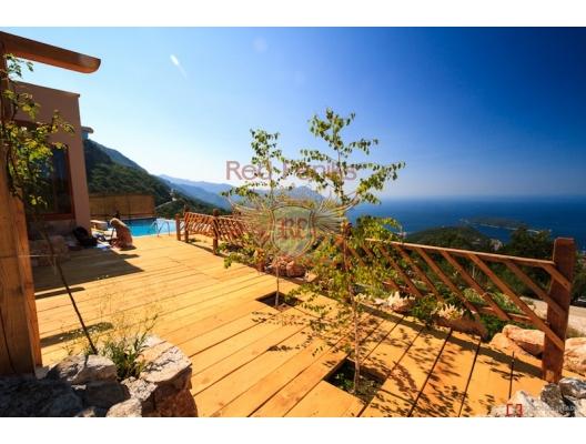 Beautiful House in Lapčići, Karadağ da satılık havuzlu villa, Karadağ da satılık deniz manzaralı villa, Becici satılık müstakil ev