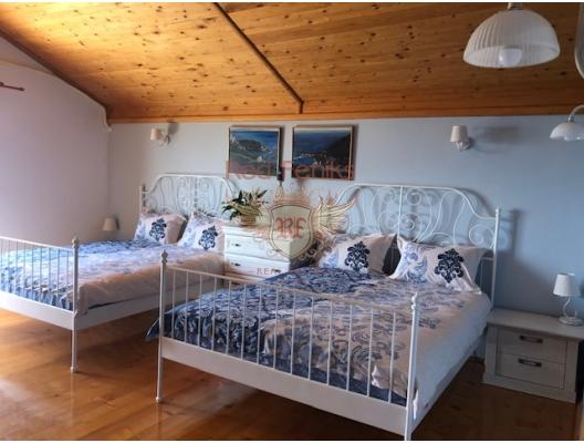Markovici taş ev, Karadağ da satılık havuzlu villa, Karadağ da satılık deniz manzaralı villa, Becici satılık müstakil ev