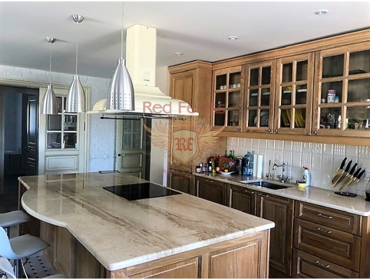 Magnificent penthouse for sale in Becici, Budva riviera, Montenegro.