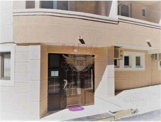Becici bölgesinde, plaj yakınında, restoran ve otopark olan otel., karadağ da satılık dükkan, montenegro satılık cafe