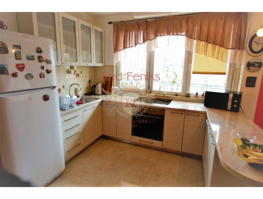 Two bedroom townhouse with panoramic sea view in Herceg Novi, apartments for rent in Baosici buy, apartments for sale in Montenegro, flats in Montenegro sale