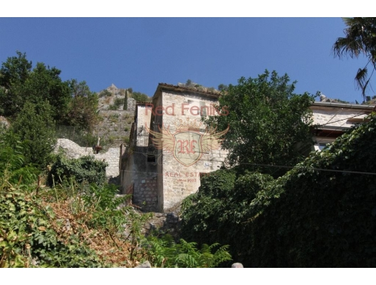 Stone House for renovation in Old city of Kotor, Dobrota house buy, buy house in Montenegro, sea view house for sale in Montenegro