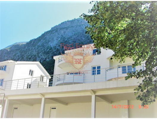 Apartments for sale in a modern complex with on the shore of the Boka Kotor Bay.