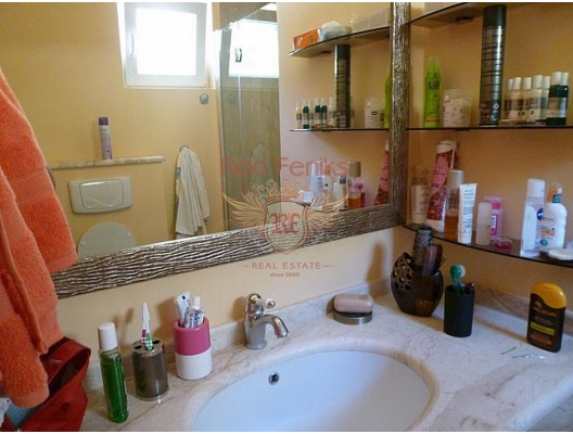 Orahovac'ta Apartman Dairesi, Montenegro da satılık emlak, Dobrota da satılık ev, Dobrota da satılık emlak