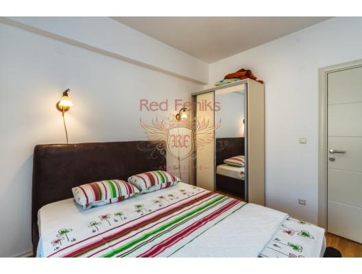 Otel rezidansları Satılık | Montenegro, Becici / Budva Mükemmel görmek ilk satırında modern bir konut kompleksi bir yatak odalı daire görmek.