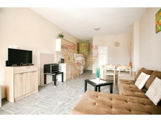 Tivat'ta İki Stüdyo Daire, Karadağ satılık evler, Karadağ da satılık daire, Karadağ da satılık daireler
