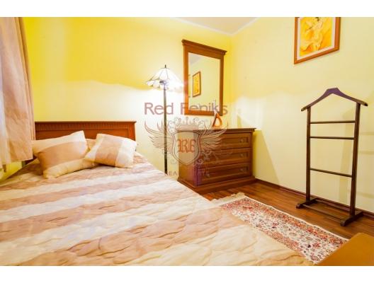 Karadağ Budva'da satılık ev.