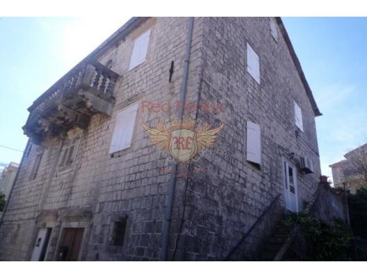 Prcanj'de (Kotor) Denize Sıfır Taş Ev, Karadağ Villa Fiyatları Karadağ da satılık ev, Montenegro da satılık ev, Karadağ satılık villa
