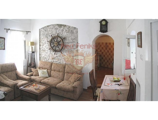 Flat (a part of house) in Lustica, apartment for sale in Lustica Peninsula, sale apartment in Krasici, buy home in Montenegro