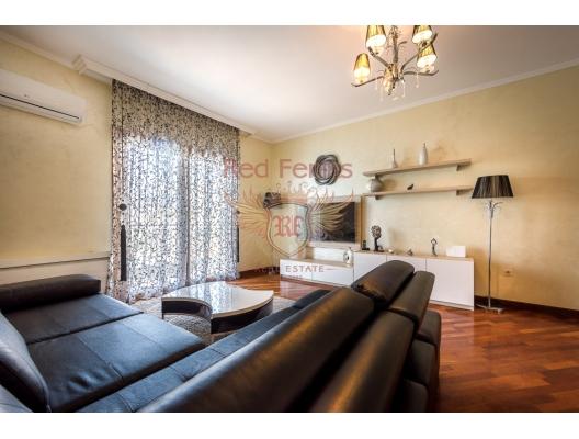Rafailovici'de Panoramik Deniz Manzaralı, Becici da ev fiyatları, Becici satılık ev fiyatları, Becici da ev almak