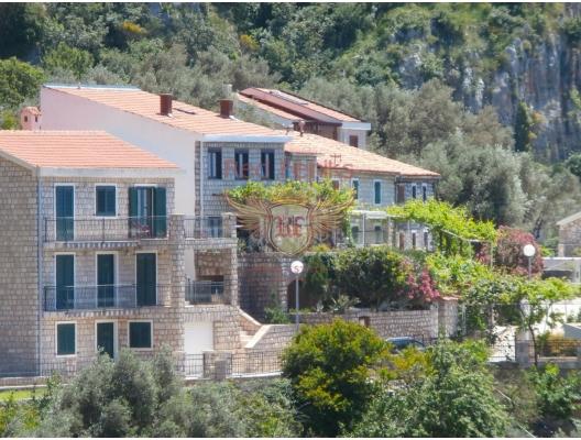 Rijeka Rezevici'de Güzel Taş Ev, Karadağ satılık ev, Karadağ satılık müstakil ev, Karadağ Ev Fiyatları