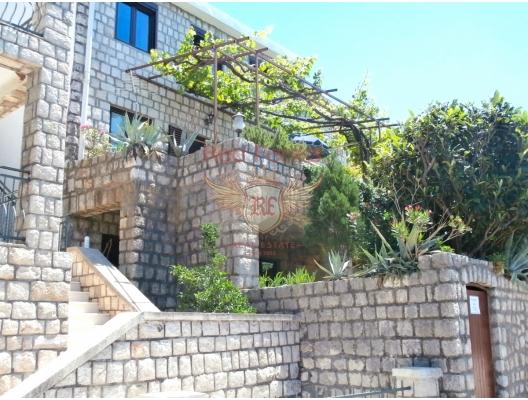 Rijeka Rezevici'de Güzel Taş Ev, Karadağ Villa Fiyatları Karadağ da satılık ev, Montenegro da satılık ev, Karadağ satılık villa
