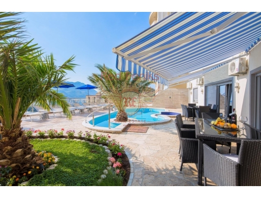 Luxury Penthouse in Becici, apartment for sale in Region Budva, sale apartment in Becici, buy home in Montenegro