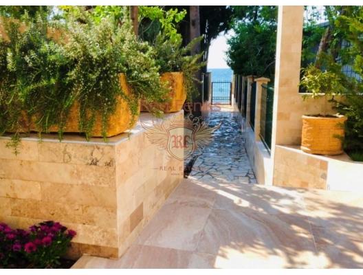 Dobrye Vody'de deniz manzaralı yeni ev, Karadağ da satılık havuzlu villa, Karadağ da satılık deniz manzaralı villa, Bar satılık müstakil ev