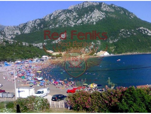 For sale ready operating business from the OWNER-equipped mini-hotel with 10 rooms (330 square meters of total area, 260 meters of rooms (including 2 two bedroom apartments) on the shore of the resort village of Chan - (Barskaya Riviera of Montenegro).