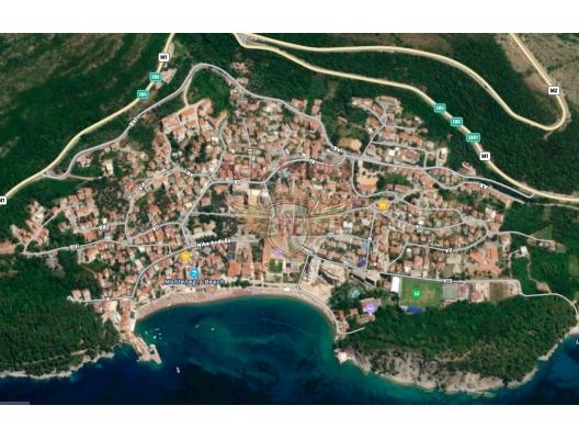 Condo complex with pool in Petrovac, Montenegro real estate, property in Montenegro, flats in Region Budva, apartments in Region Budva