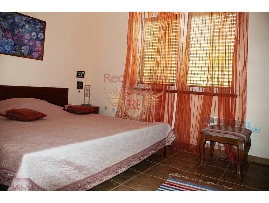 Great House on the First Line, Karadağ satılık ev, Karadağ satılık müstakil ev, Karadağ Ev Fiyatları